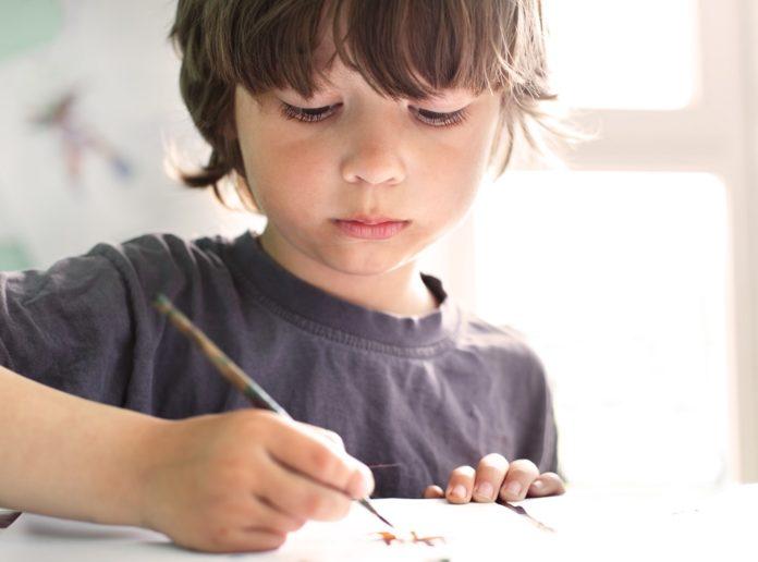 como ensinar grafismo e caligrafia